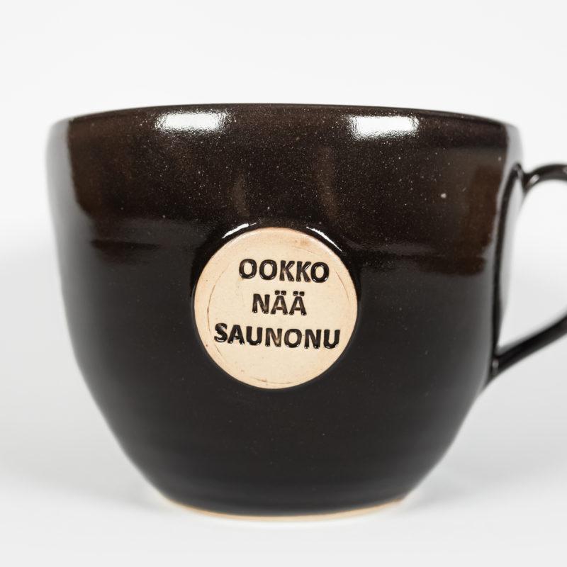 Ookko nää saunonuki- saunamuki Luonnokkaan omalla tekstillä.